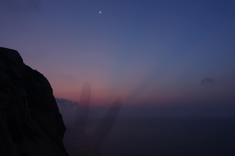 庙湾岛日出之前的天空