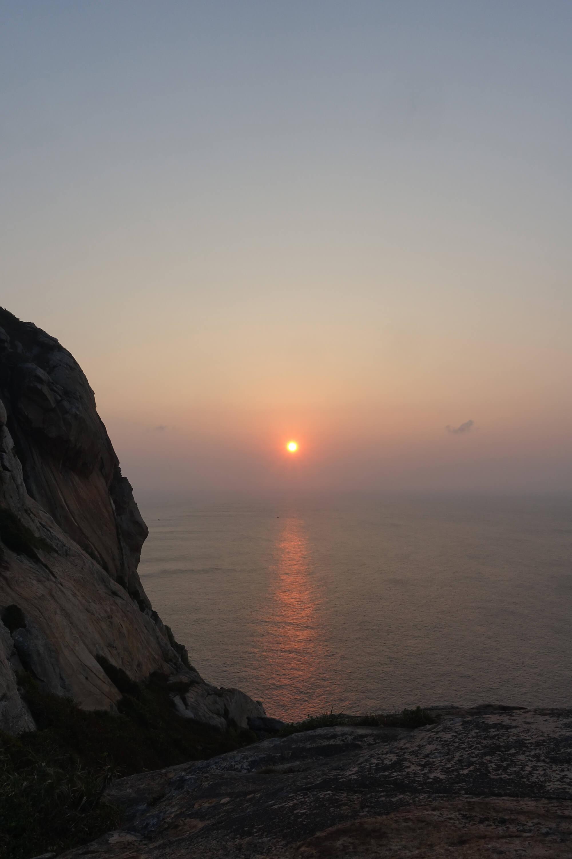 庙湾岛日出,等着那一条光带